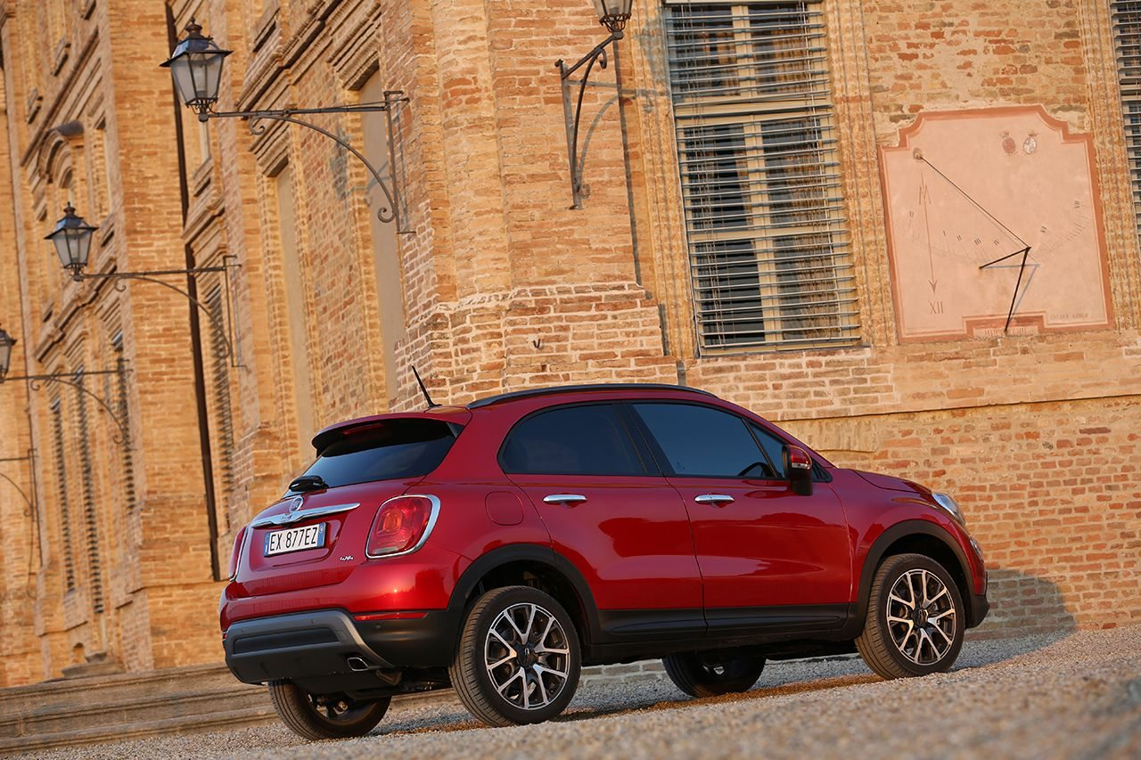 fiat 500x cross plus 2 0 multijet 140 cv e italiana al 100 motorage new generation. Black Bedroom Furniture Sets. Home Design Ideas
