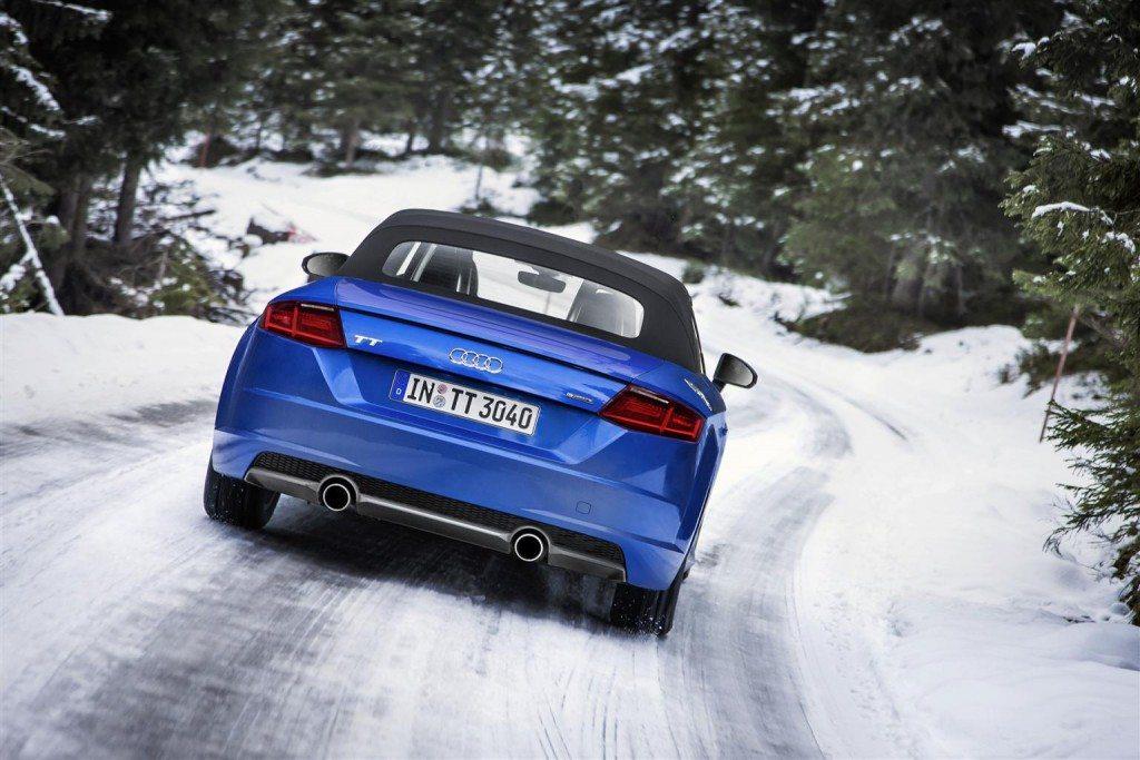 2015-Audi-TTR-150014-05