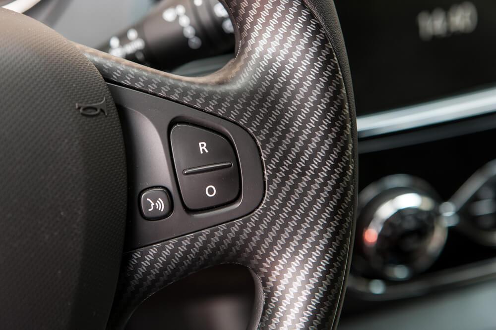 Renault_Capture_2014-13