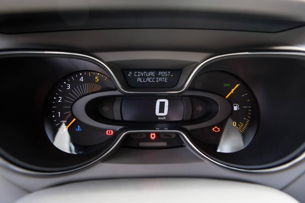 Renault_Capture_2014-21