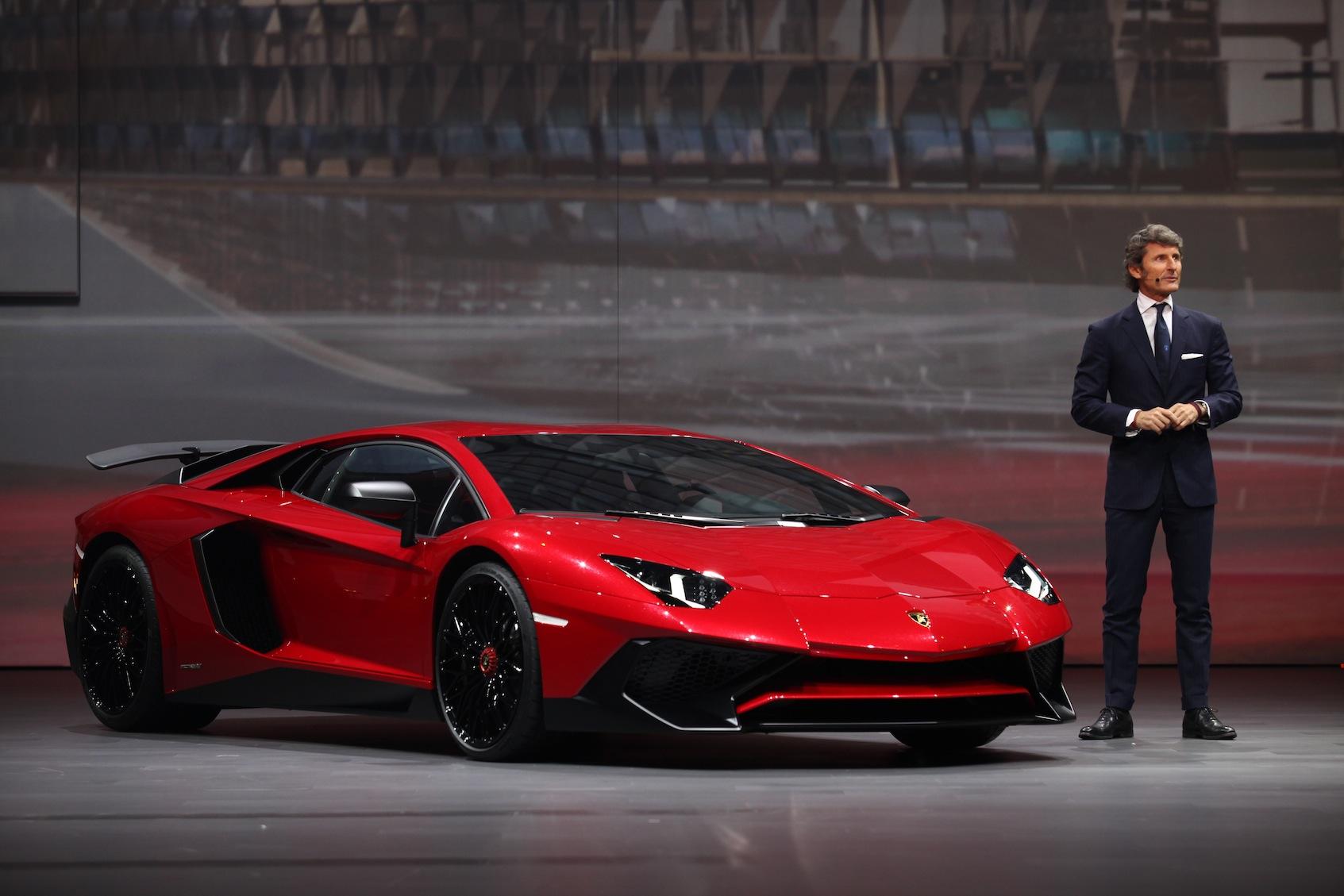 lamborghini-presents-the-new-aventador-lp-750-4-superveloce-at-auto-shanghai-2015-378406
