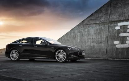 Tesla Model 3 – la compatta stringe i tempi
