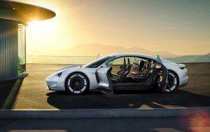 Porsche-Mission-E-concept 00