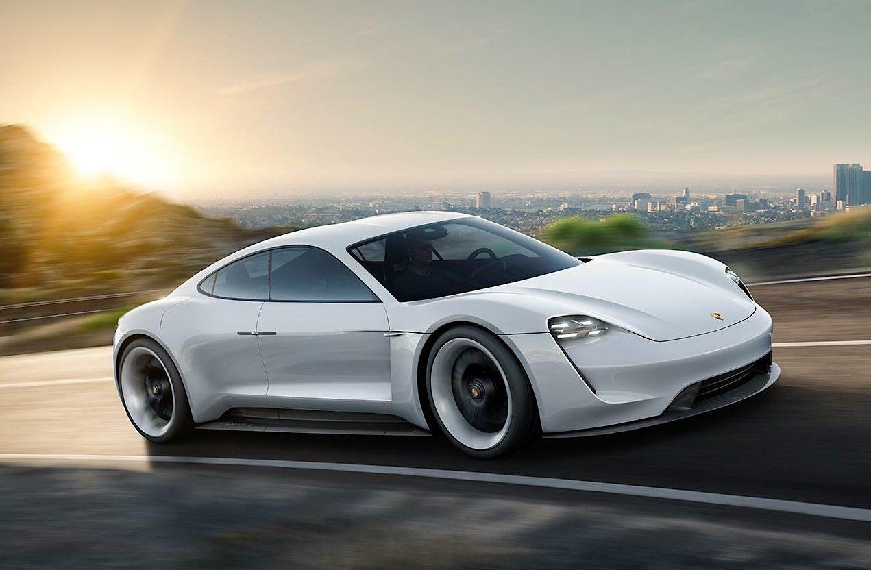 Porsche Luce Verde Per La Mission E Motorage New