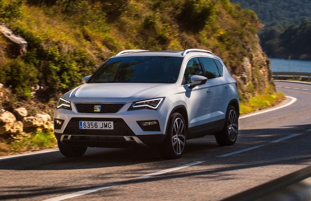 seat ateca 2 0 tdi 190 cv test drive. Black Bedroom Furniture Sets. Home Design Ideas
