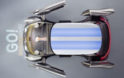 Per i 100 anni BMW le Vision Mini e Rolls-Royce interpretano il futuro