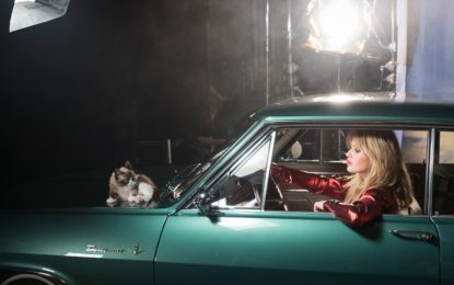 Calendario Opel 2017: anticipo con May Jagger e Grumpy Cat
