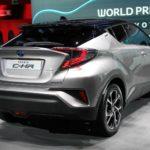 Toyota C-HR: A Parigi con stile audace per sedurre