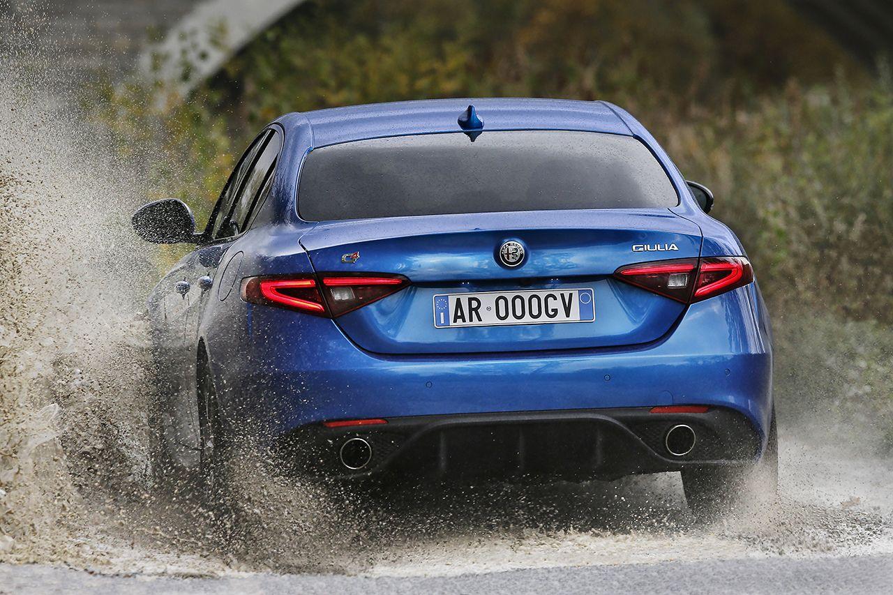 La Polizia rinnova il parco auto con Alfa Romeo e Jeep