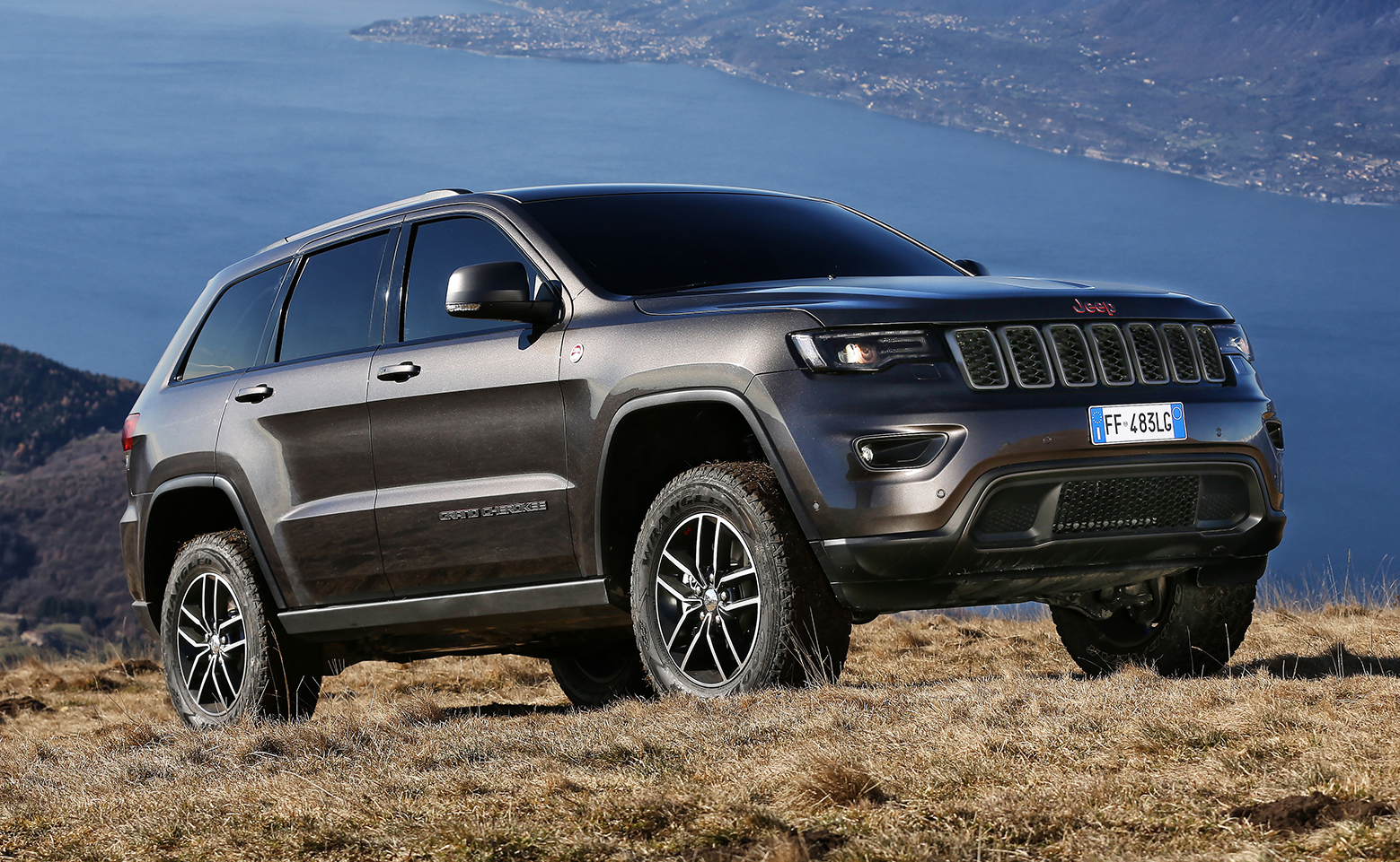 jeep grand cherokee my17 arriva in italia con la trailhawk motorage new generation. Black Bedroom Furniture Sets. Home Design Ideas
