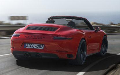 Nuove Porsche 911 GTS: Metti due turbo nel motore