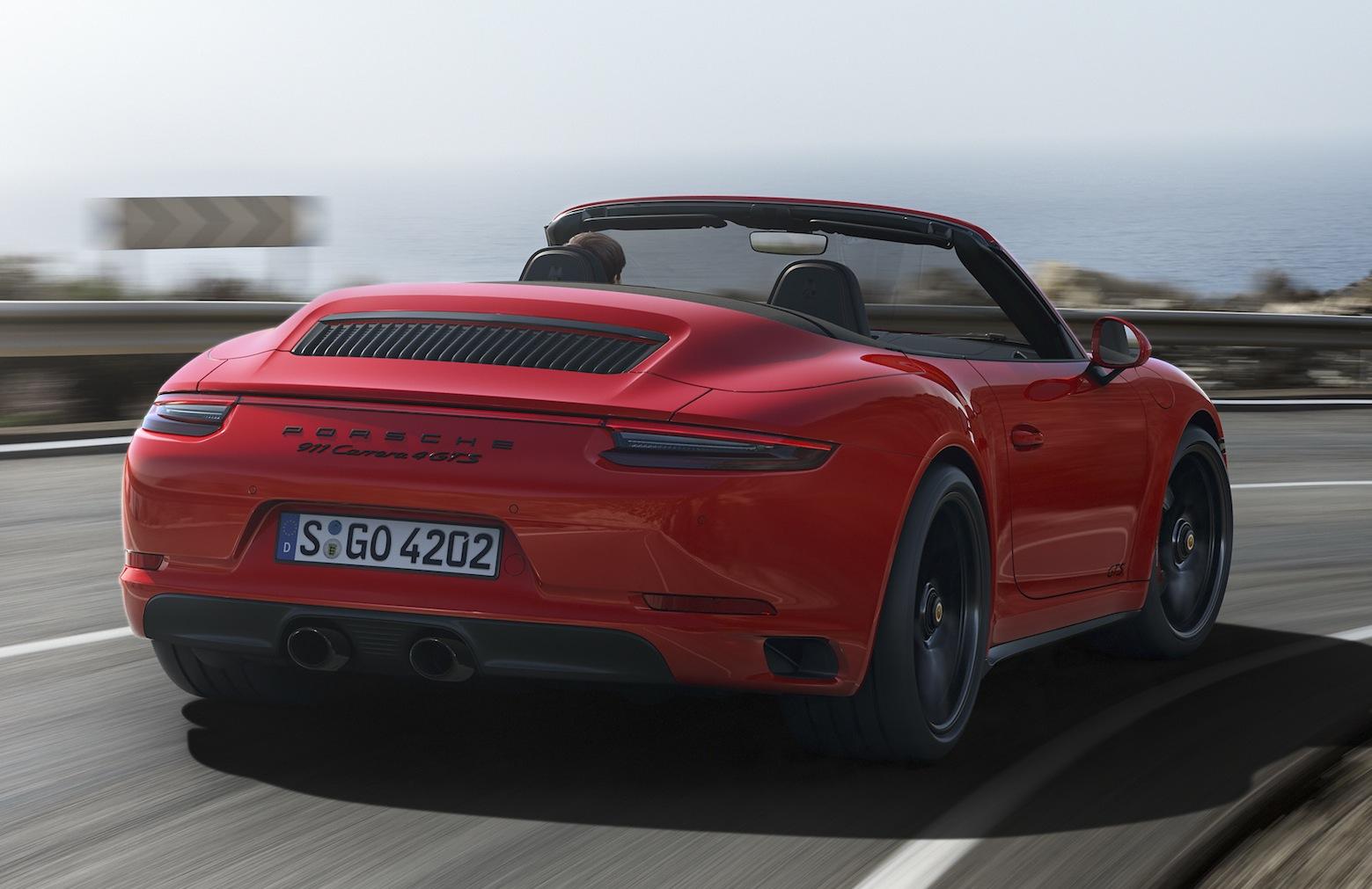 Porsche 911 GTS: prime fotografie e informazioni