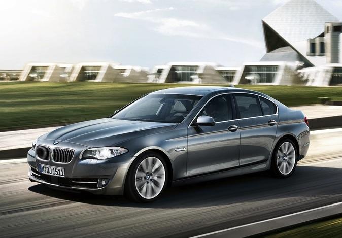 BMW SERIE 5 BERLINA-immagine