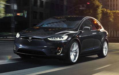 Tesla Model X: il family feeling c'è tutto