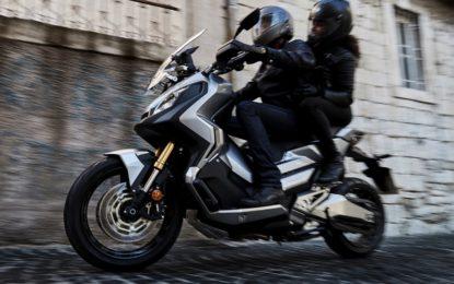 Honda X-ADV: perfetto mix fra maxi-scooter e moto