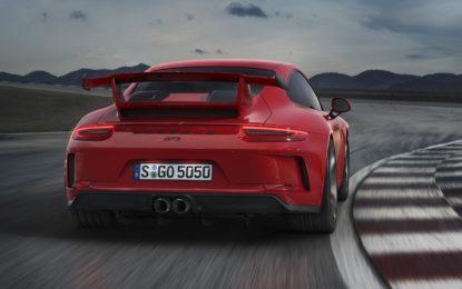 Porsche 911 GT3: cambio manuale e 500 cavalli