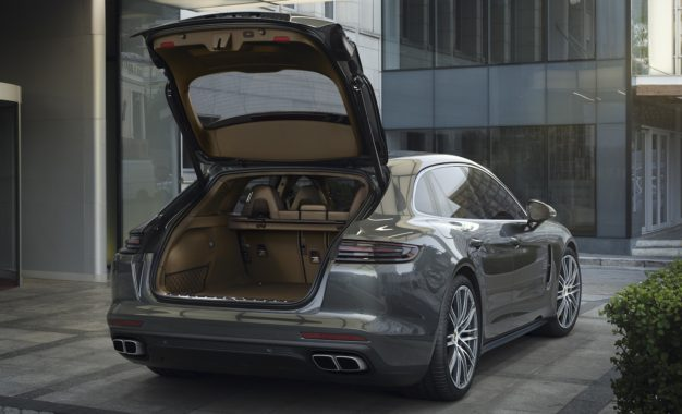 Porsche Panamera Sport Turismo: Rivoluzionaria con il portellone