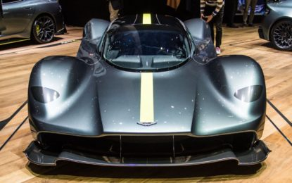 Aston Martin Valkyrie: 1.000 cavalli di Hypercar all'inglese
