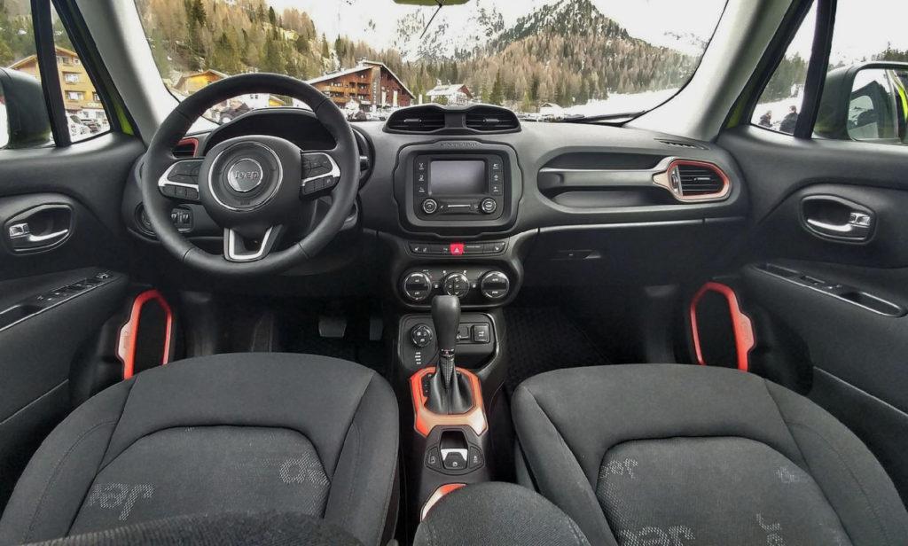 Jeep Renegade Black Carbon >> Jeep Renegade Upland Special Edition: impronta sportiva e look off-road - MotorAge New Generation
