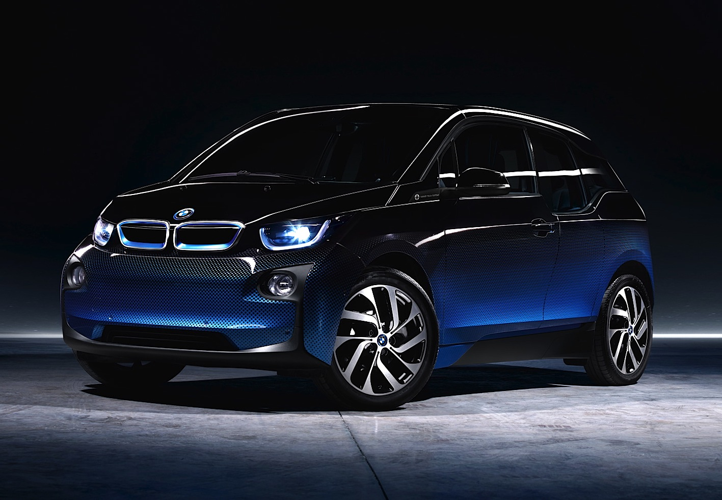 BMW i3 CrossFade Edition, in vendita in Italia solo online