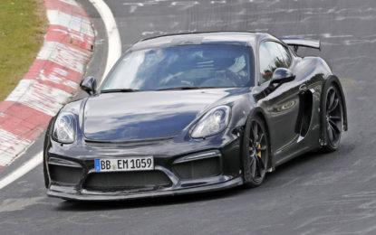 Anteprima Porsche 718 Cayman GT4: Foto spia