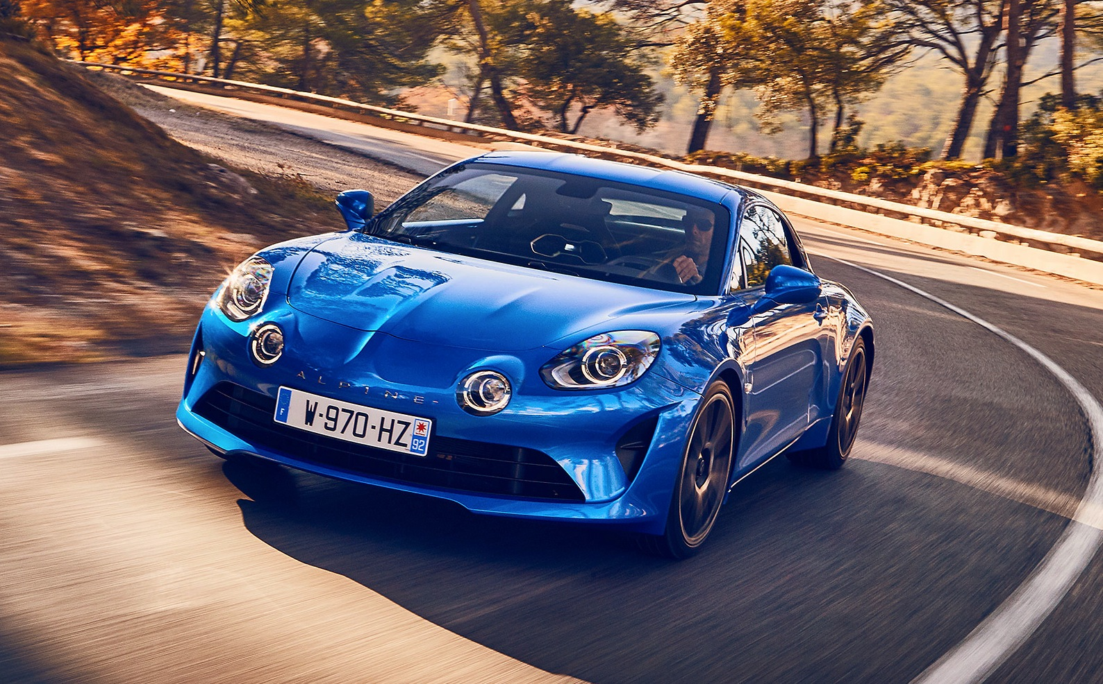 alpine a110 performance eccellenti dal motore 1 8 turbo con 252 cv. Black Bedroom Furniture Sets. Home Design Ideas