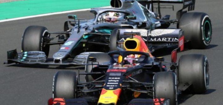 Duello Verstappen-Hamilton