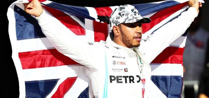 Lewis Hamilton con bandiera, Austin, Texas, F1 GP USA