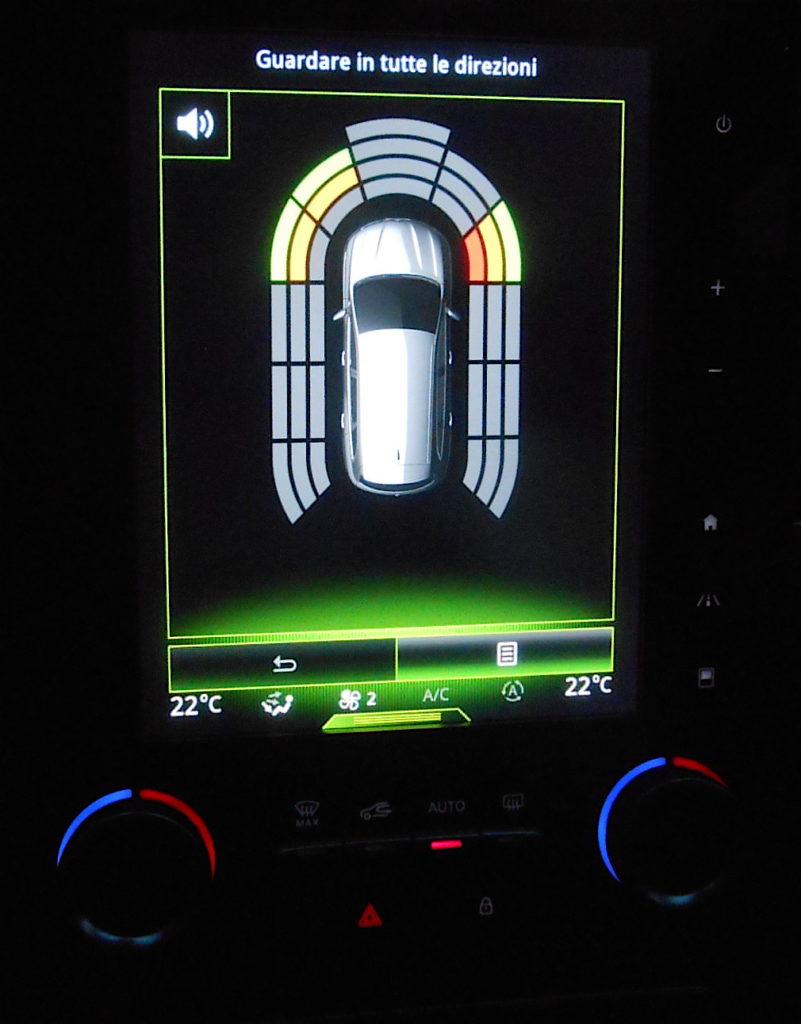 Renault Koleos, grafica controllo perimetrale, Test MotorAge