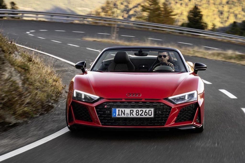 Audi R8 V10 RWD: spirito racing