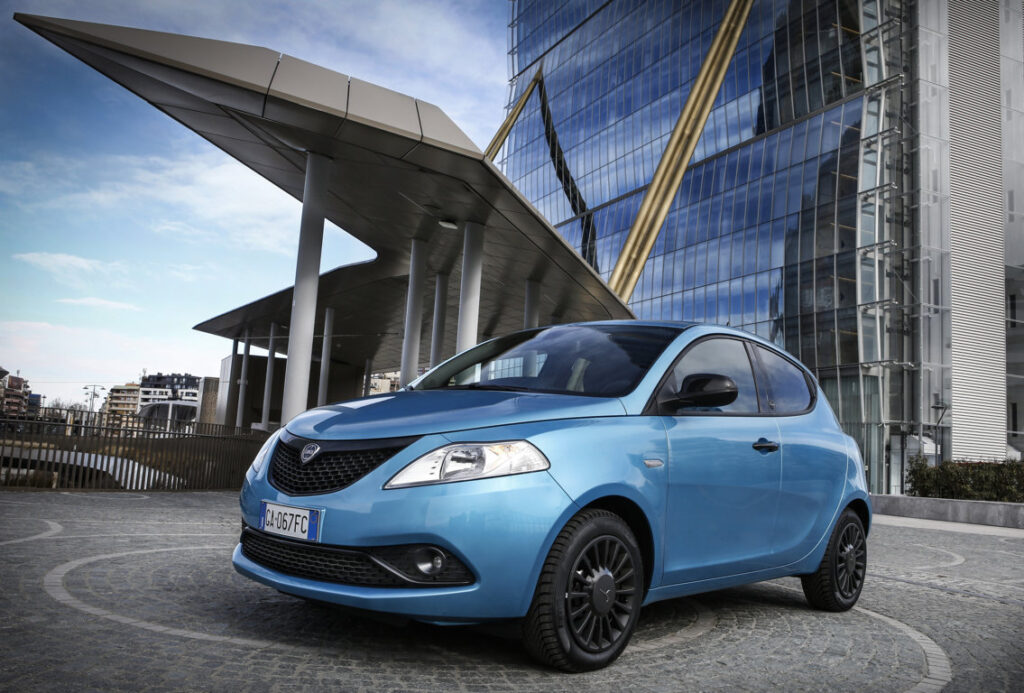 Lancia Ypsilon Hybrid EcoChic affiancherà le varianti a metano e GPL.