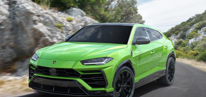 Lamborghini Urus in colorazione Verde Mantis gamma 2021 programma Pearl Capsule