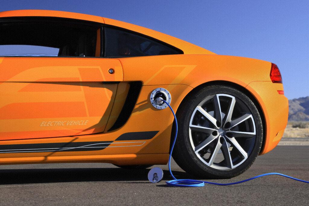 Carica elettrica energia per automobile