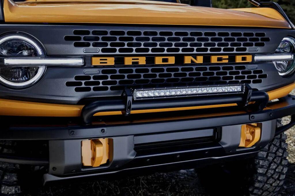 supporto verricello integrato su nuovo Bronco