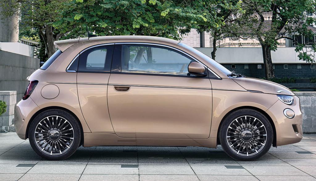 Fiat 500 3+1: una porta in più sul futuro