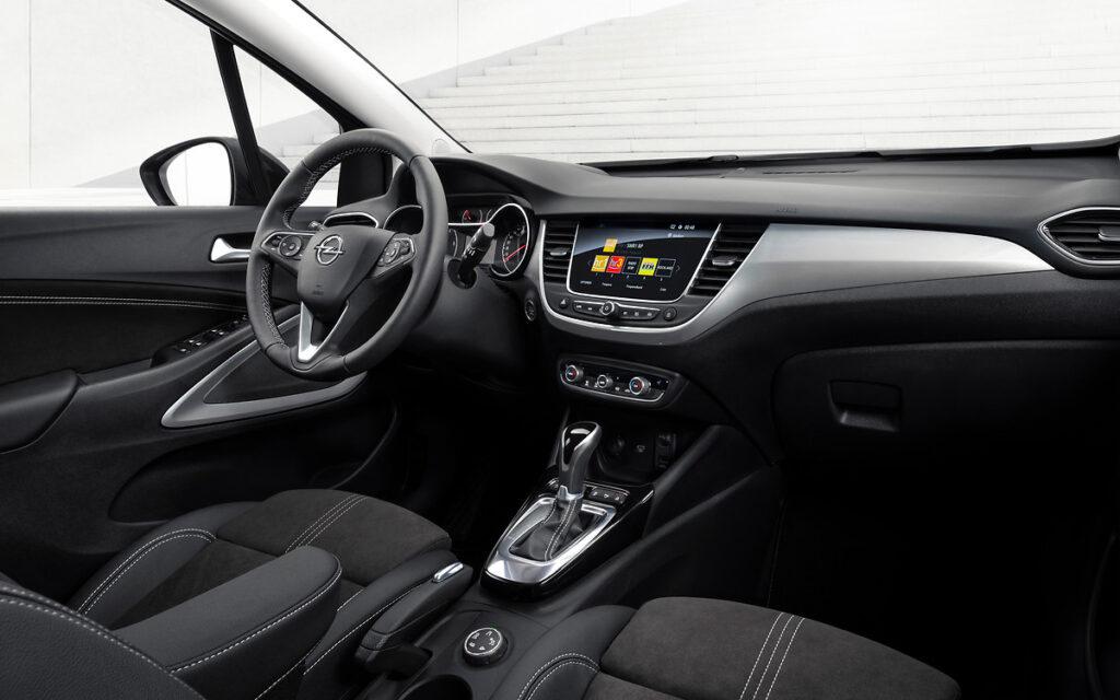 Opel Crossland: nel 2021 al debutto il restyling