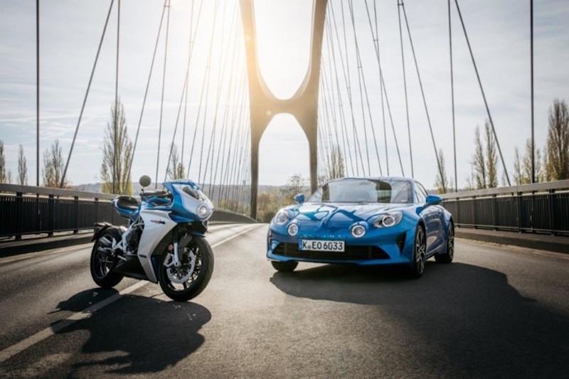 MV Agusta con Alpine ispirata alla vettura sportiva A 110 per la Superveloce