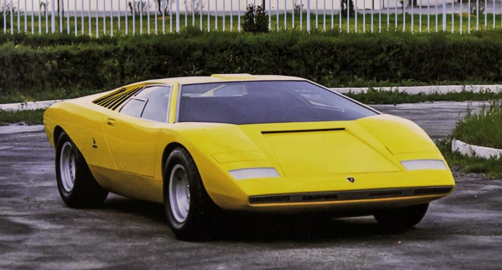 Lamborghini Countach LP 500: auguri per i 50 anni