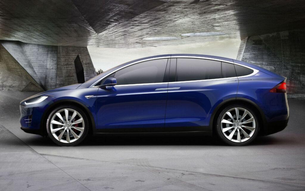 Model X e al terzo posto con 180 milioni di visualizzazioni