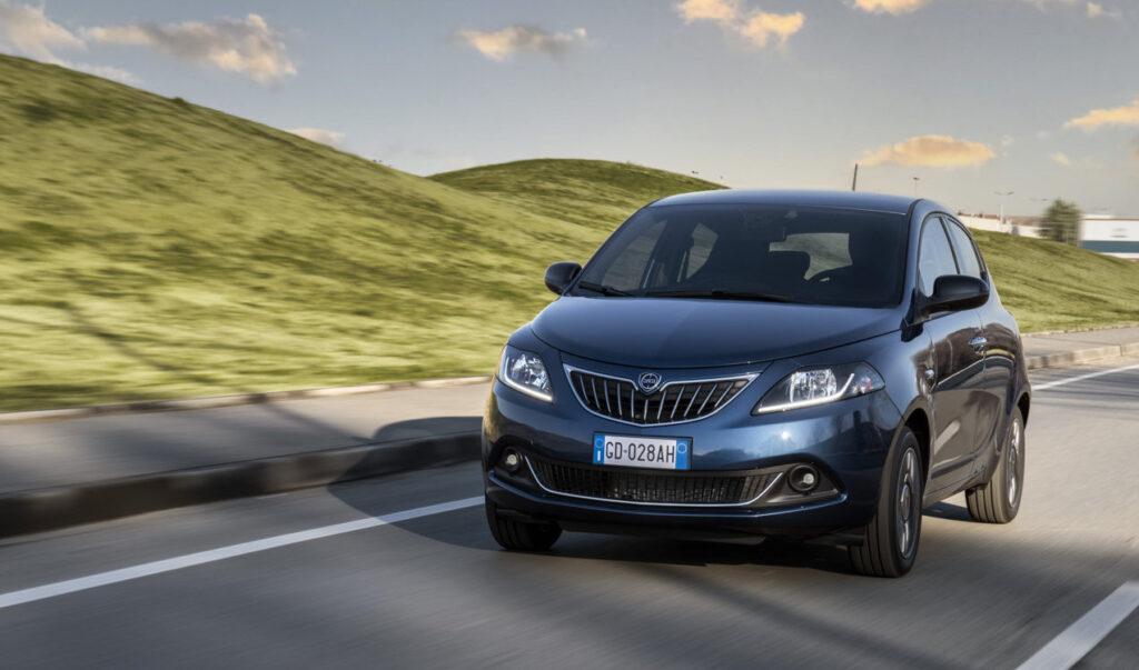 Lancia Ypsilon Ecochic Hybrid si dimostra un'auto versatile e con caratteristiche di comfort degne di categorie superiori