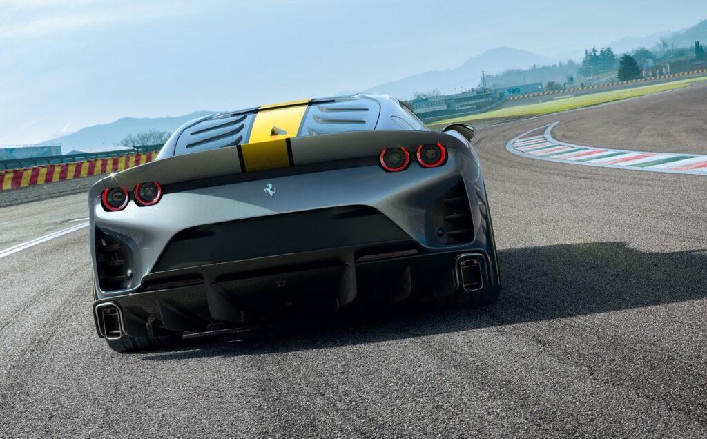 Le migliorie più rilevanti sulla Ferrari 812 riguardano distribuzione e teste cilindri