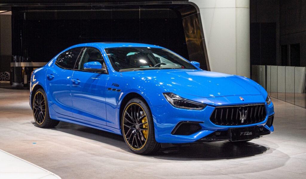 Con le versioni F Tributo Special Edition Maserati conferma una vocazione per un passato racing da 95 anni a questa parte.