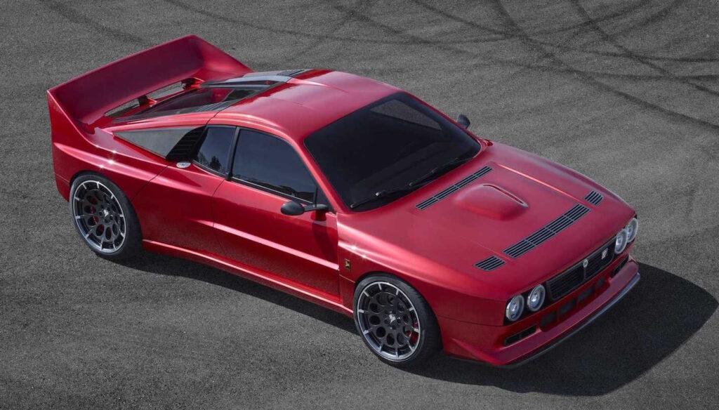 La Kimera EVO37 verrà realizzata in soli 37 esemplari e il suo prezzo è di 480.000 euro.