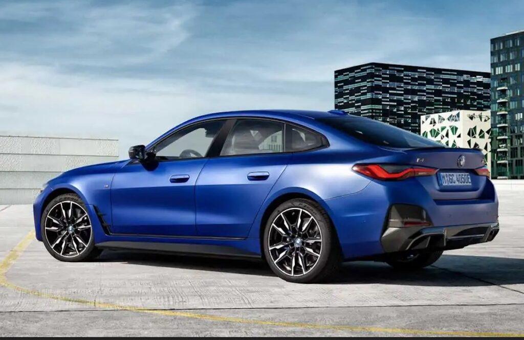 BMW i4 arriverà sia con trazione posteriore che integrale