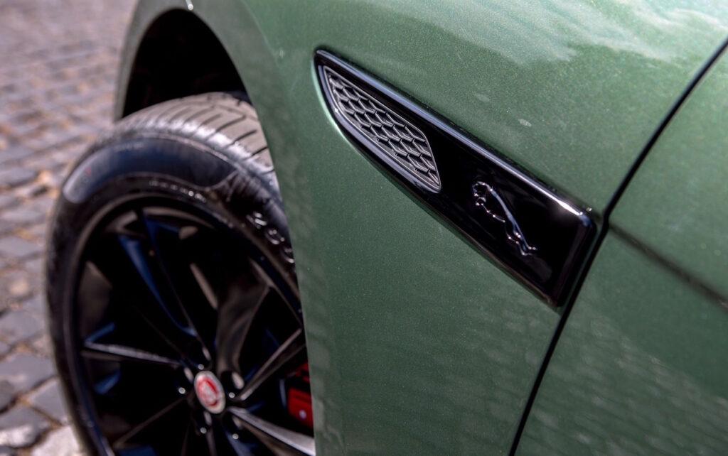 Le nuove Jaguar F-Pace sono realizzate in un numero limitato di esemplari.