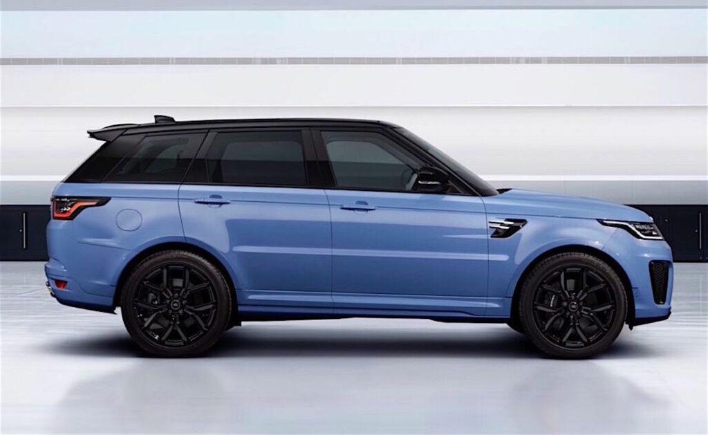 Il SUV Range Rover Sport SVR Ultimate Edition scatena i 575 cavalli del 5 litri V8 Supercharged.