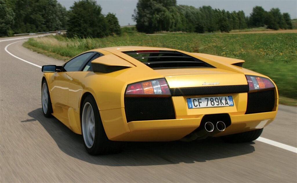 La Lamborghini Murciélago è uscita di produzione nel 2010, dopo esser stata prodotta in 4.099 esemplari.
