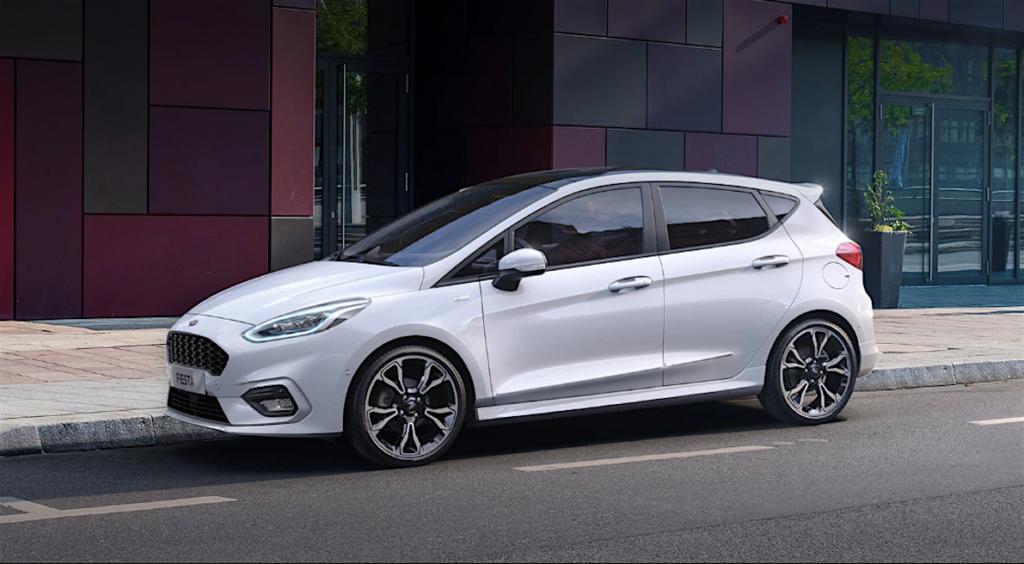 La rinnovata Ford Fiesta è proposta in una gamma a tre e a cinque porte