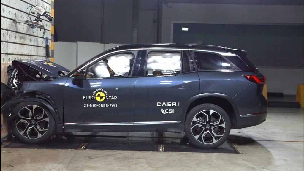 Il SUV cinese con motorizzazione al 100% elettrica NIO ES8, nei test Euro NCAP del 2021 ottiene cinque stelle
