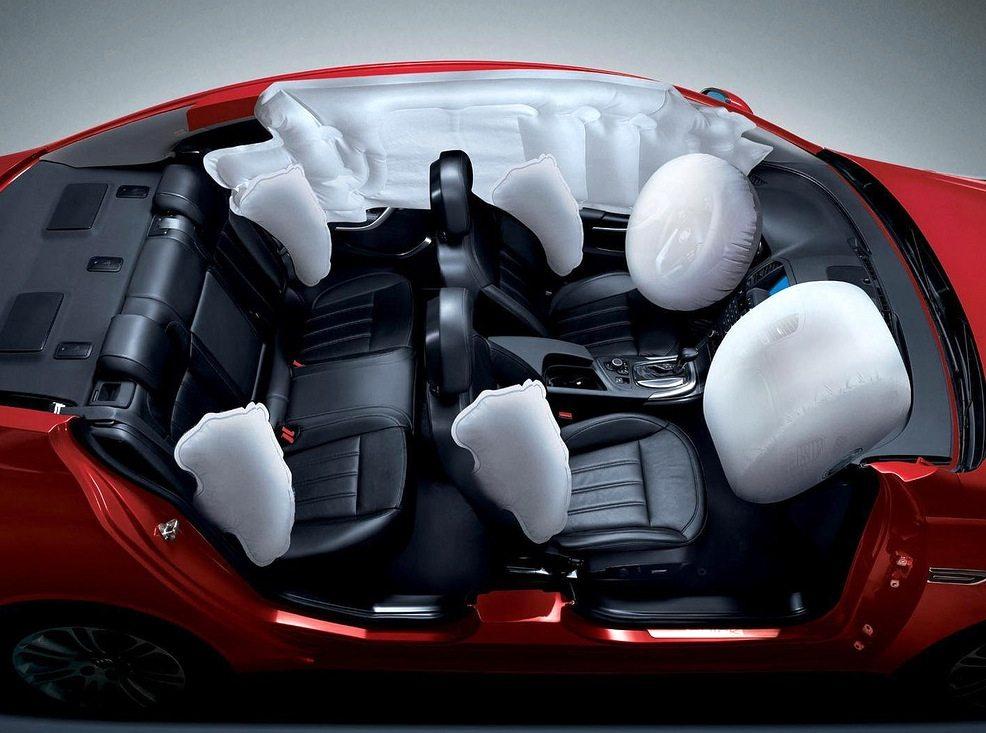 Airbag come nascono e come possono essere dannosi for Come ridurre il rumore nella cabina dell auto